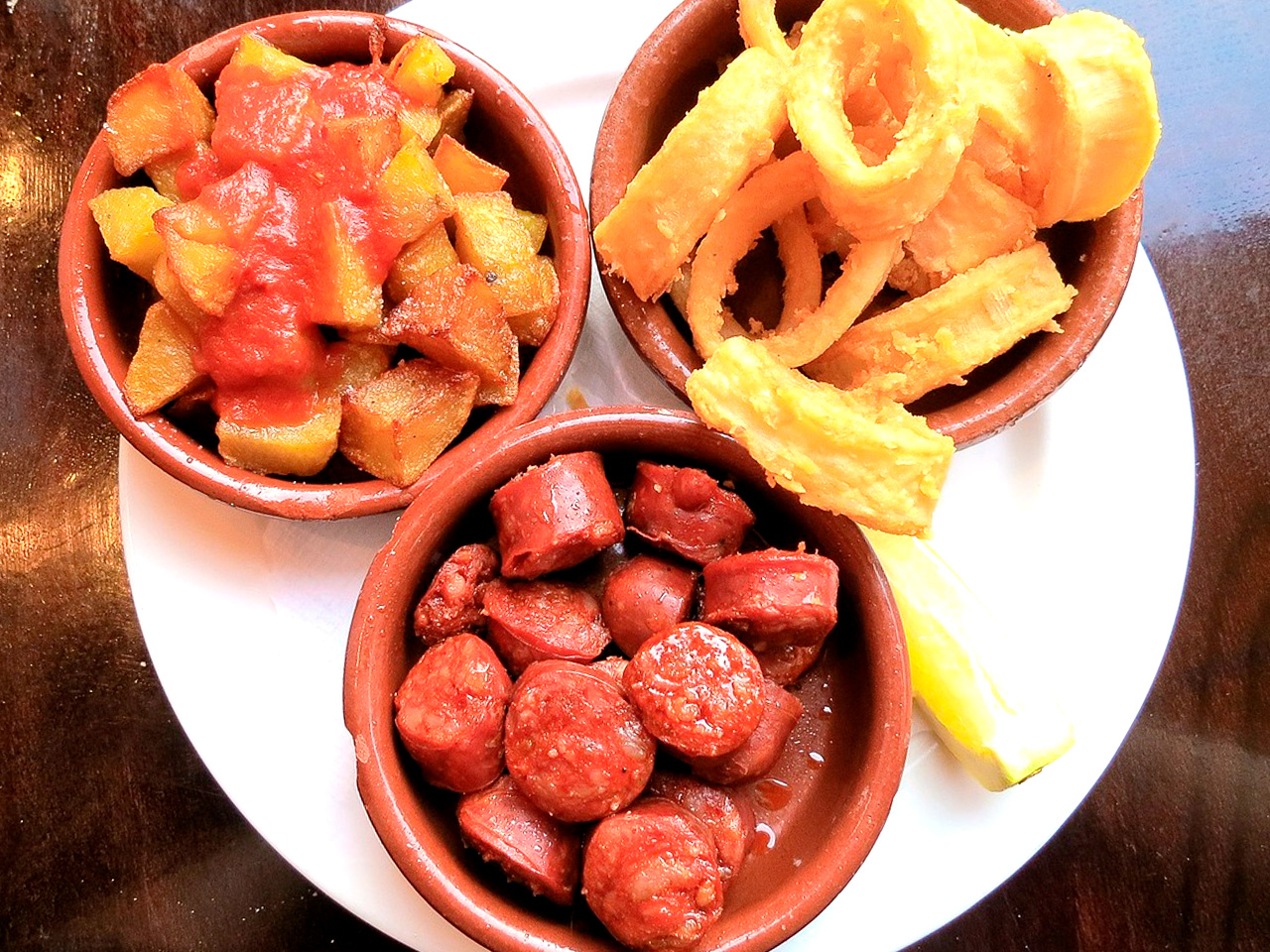 Tapas in bowls